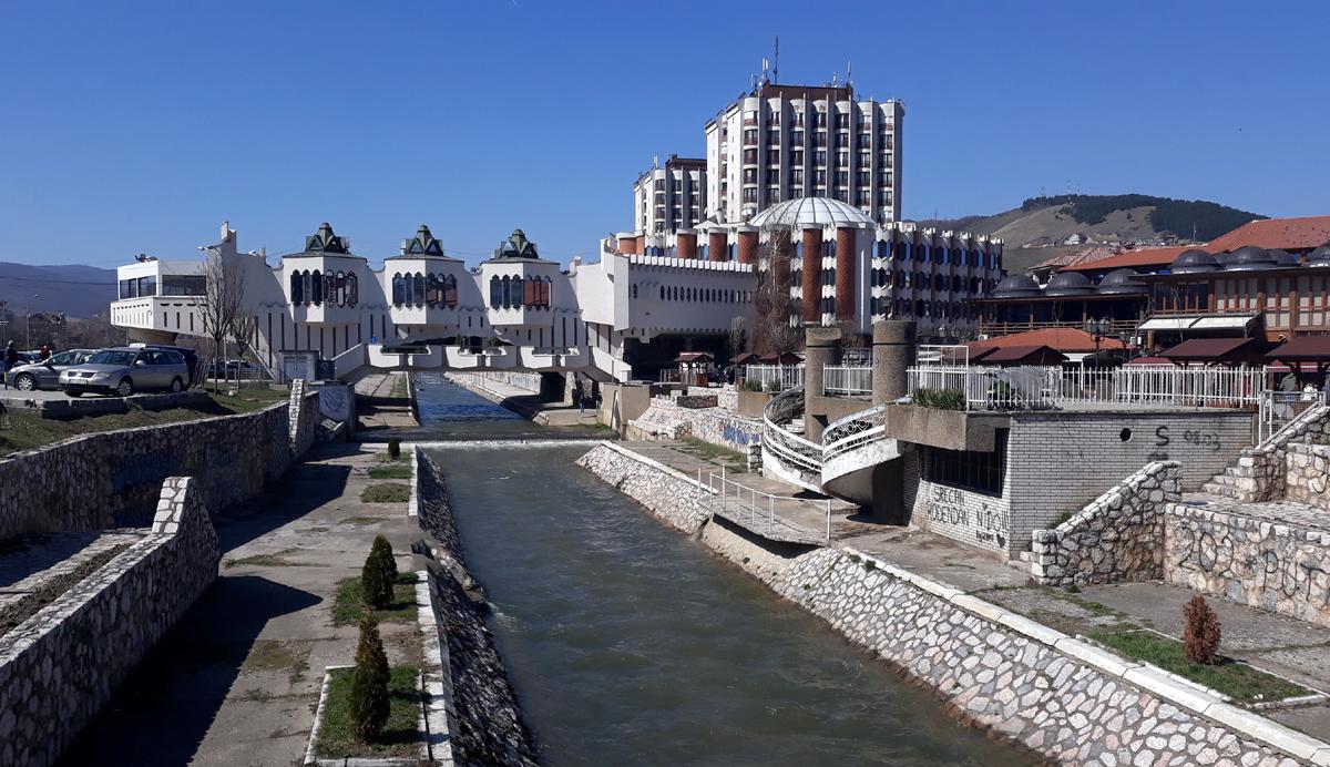 Општина Нови Пазар ја изгласа одлуката за збратимување со Охрид